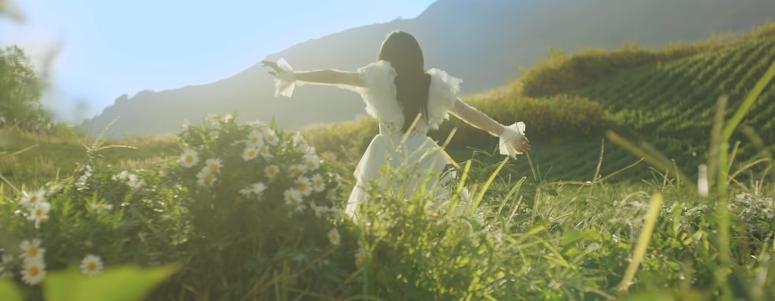Chờ đợi 2 năm, cuối cùng Phương Ly cũng ra mắt teaser Anh Là Ai? kèm lời xin lỗi đáng yêu