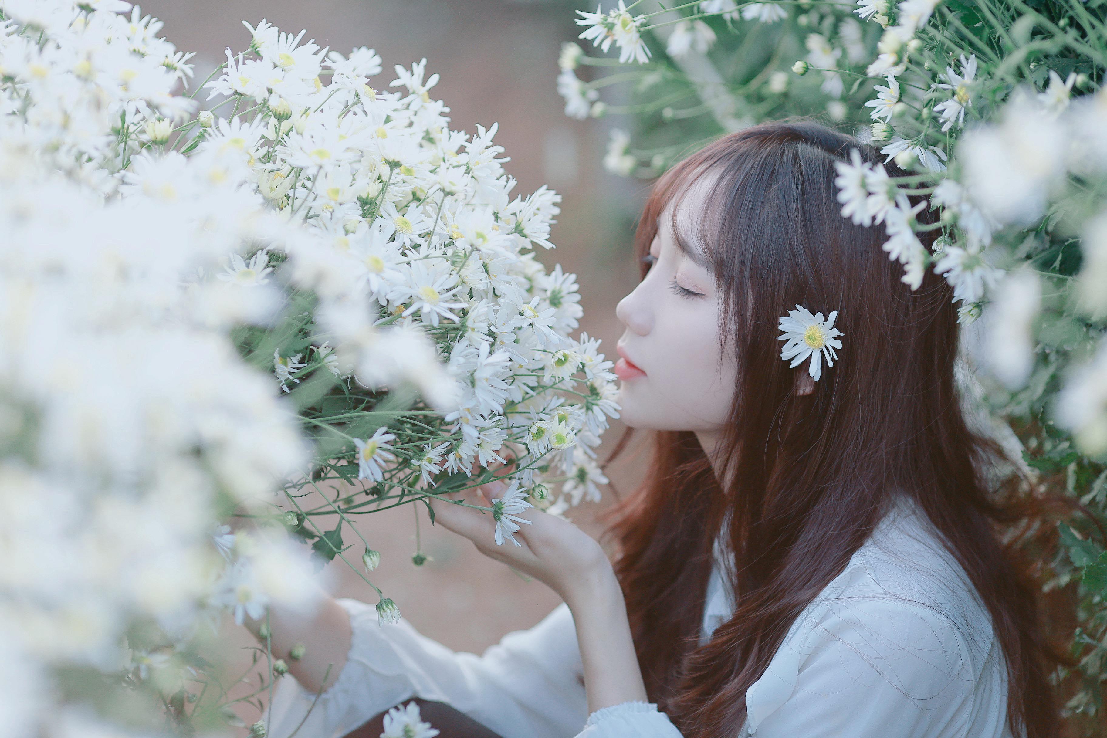 Mina Young – cô gái 'hot girl quân nhân' gây sốt cộng đồng mạng không sợ bị định kiến 'người đẹp đi hát'
