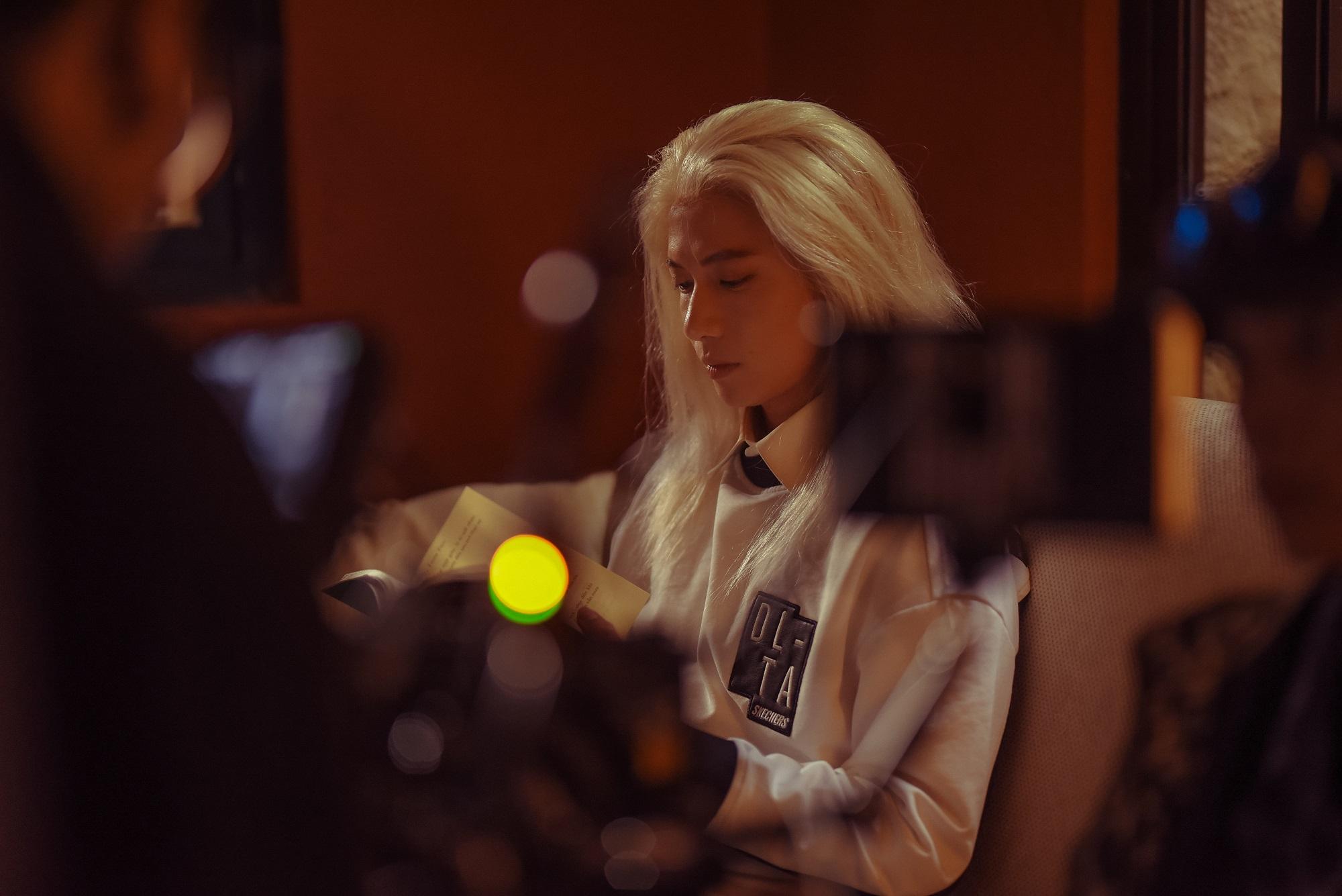 MV Sai nắng đạt triệu lượt xem sau 24h, S.T Sơn Thạch hé lộ hậu trường MV đầy hài hước