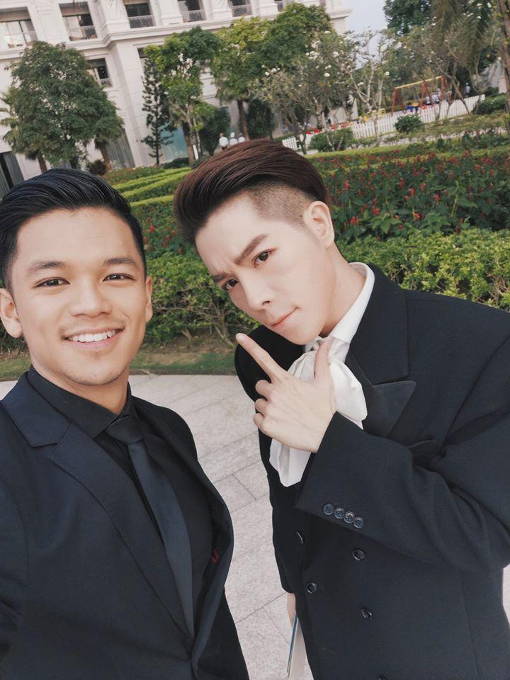 Dàn nghệ sĩ siêu khủng xúng xính váy áo chúc mừng đám cưới Đông Nhi - Ông Cao Thắng
