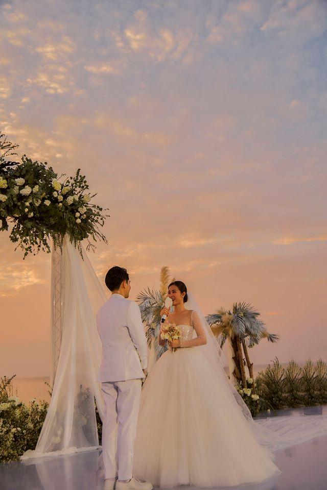Trọn vẹn những khoảnh khắc đẹp nhất trong đám cưới Đông Nhi - Ông Cao Thắng