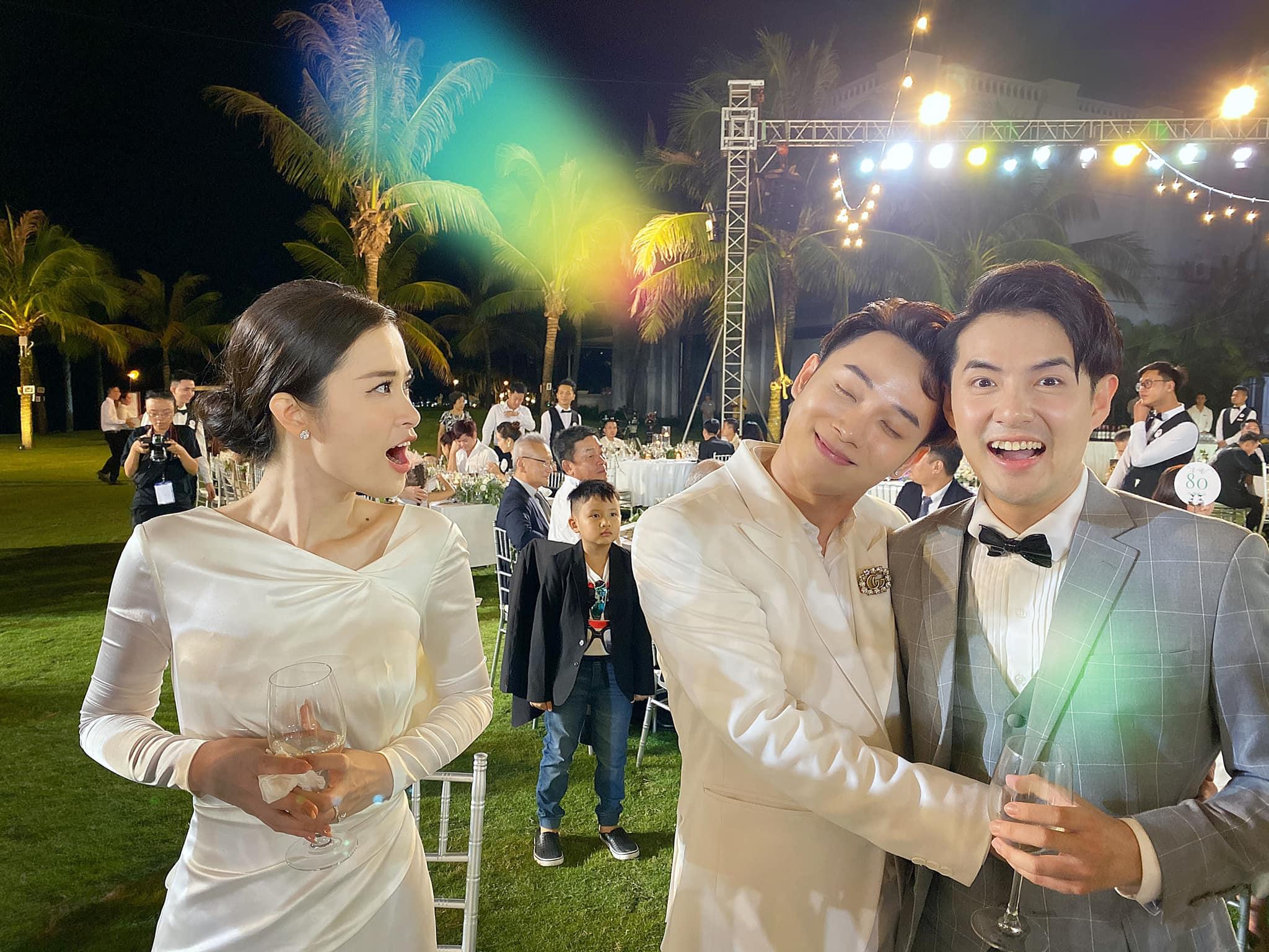 Đông Nhi không tin vào mắt mình khi Trúc Nhân công khai sánh đôi bên Ông Cao Thắng ngay tại đám cưới