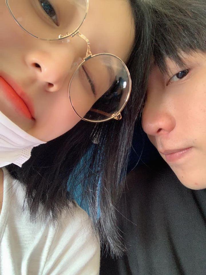 """Daesung chụp ảnh cùng Han Sara hậu xuất ngũ, CDM nháo nhác hỏi nhau: """"Mối quan hệ gì đây?"""""""