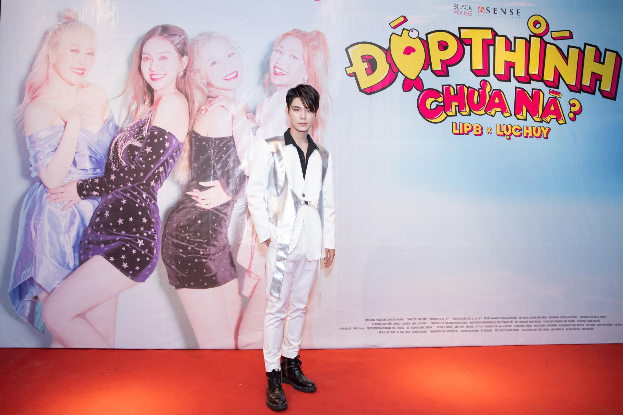 """Lục Huy (Uni5) lên tiếng về nghi vấn đạo nhái của nhóm Lip B: Tôi đã lấy cảm hứng từ kìa con bướm vàng"""""""