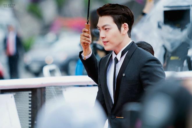 Sau 2 năm mất dạng để điều trị ung thư, Kim Woo Bin xác nhận tham gia lễ trao giải Rồng Xanh sắp tới