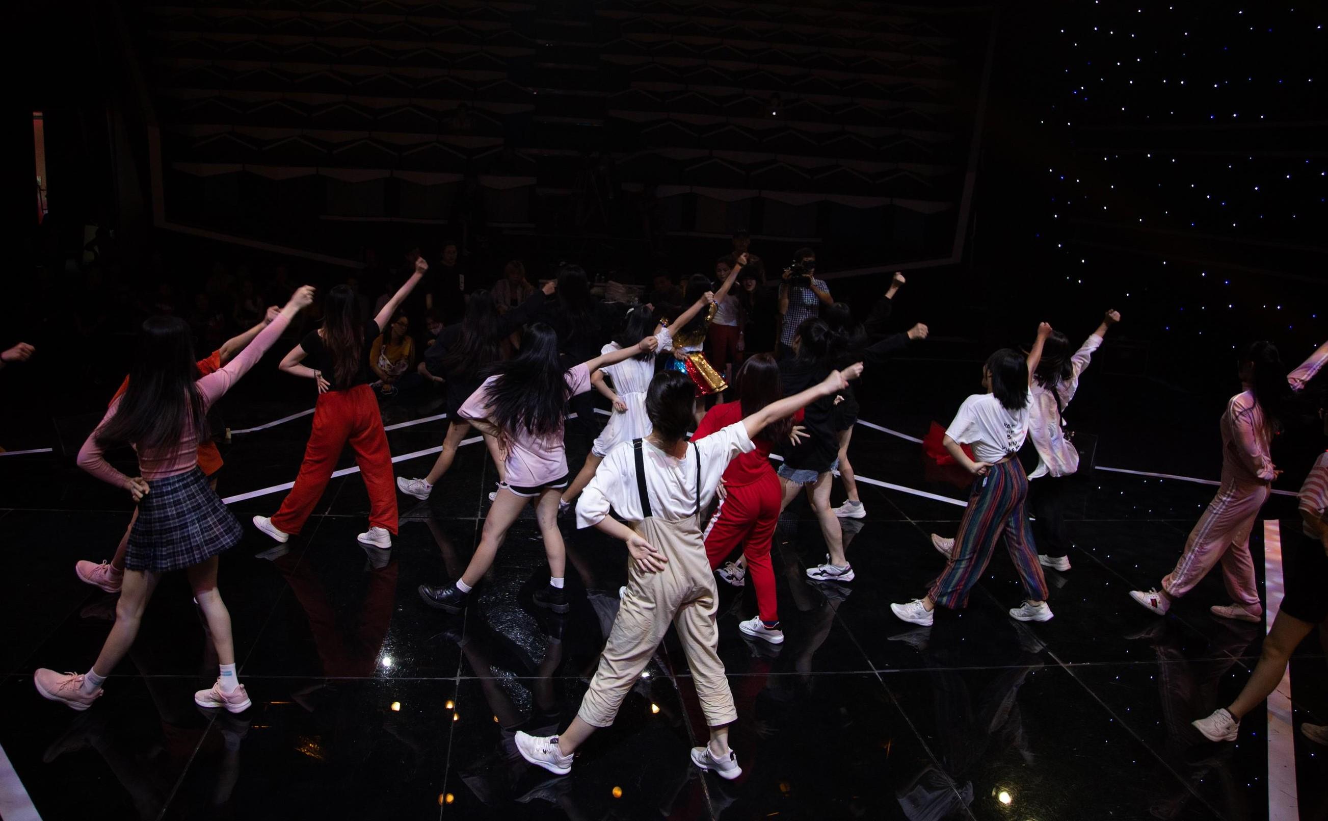 Mini show SGO48 hạng vé đặc biệt lên tới 8 triệu, vừa mở bán đã hết trong 5 phút