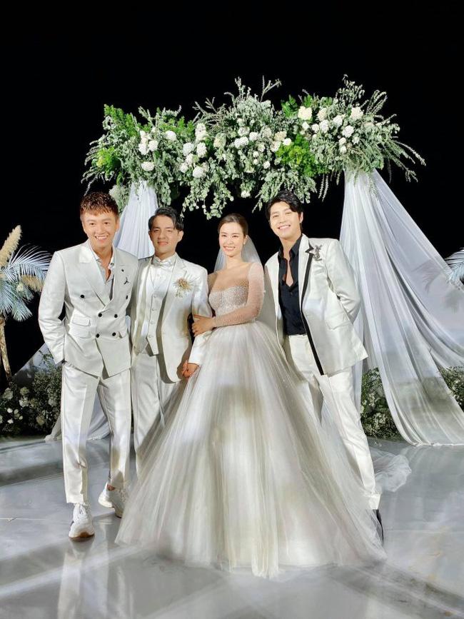 Tiết lộ món quà cưới ấm áp từ Ngô Kiến Huy đến cặp đôi Đông Nhi - Ông Cao Thắng