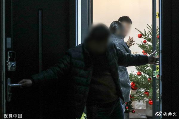 Trước khi chọn ra đi, Goo Hara đã chuẩn bị đón Giáng sinh ấm áp tại nhà hơn tận 1 tháng
