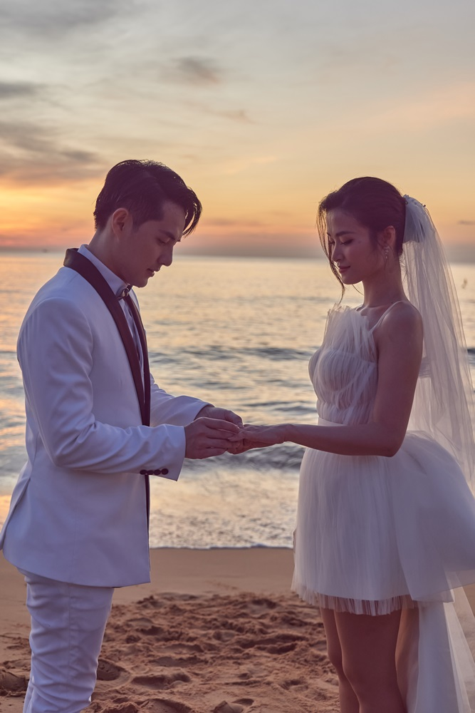"""Xuất hiện MV đầu tiên quy tụ dàn """"cameo"""" khủng nhất showbiz Việt, quẩy cuồng nhiệt cùng vợ chồng Nhi Thắng"""