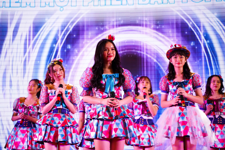 Fan chi hẳn gần 25 triệu mua single 2 tại ngày mở bán chính thức của SGO48