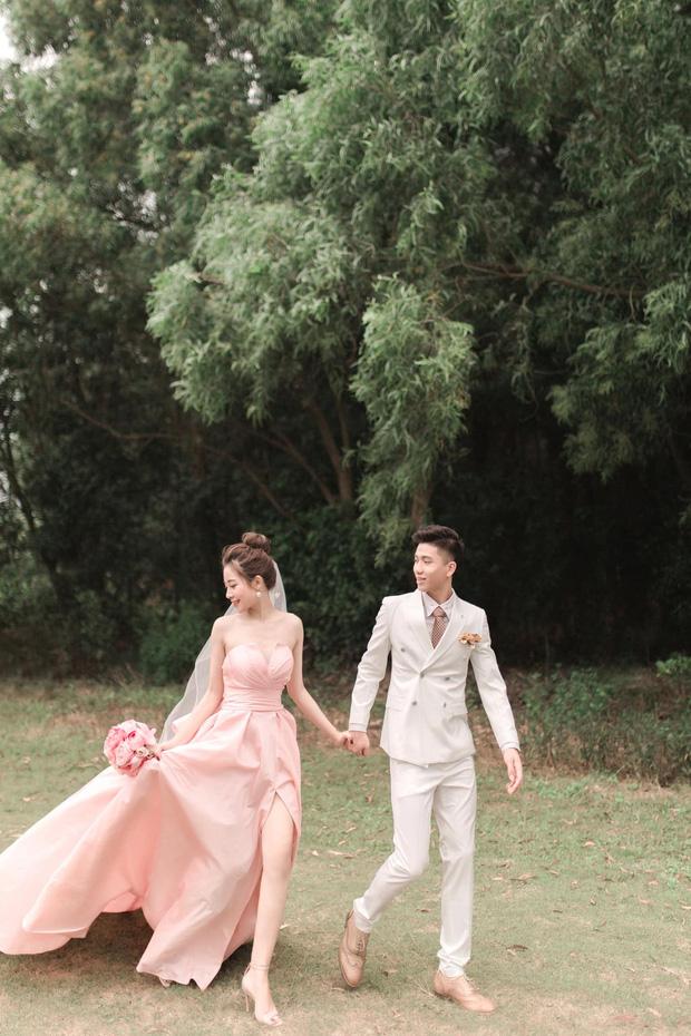 Ngắm loạt ảnh cưới bên nhau ngọt ngào, tình bể bình của  Văn Đức và Nhật Linh