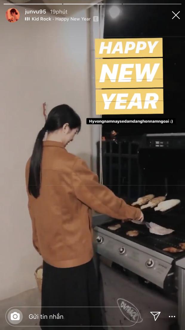 Dàn sao Việt khoe khoảnh khắc đầu năm mới: vợ chồng Khởi My - Kelvin Khánh lầy nhất, Ngô Kiến Huy vẫn tranh thủ đi show