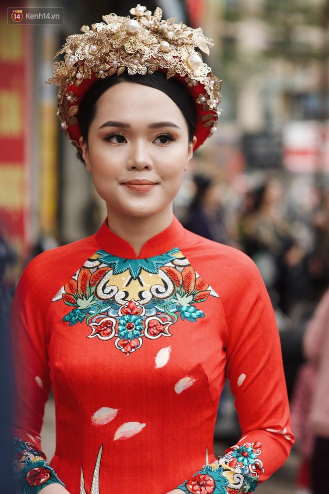 Cô dâu của Duy Mạnh - Quỳnh Anh xuất hiện xinh xắn đúng chuẩn ái nữ cựu chủ tịch CLB Sài Gòn