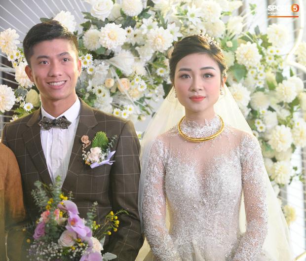 HLV Park Hang-seo gửi video chúc mừng đám cưới trò cưng Văn Đức