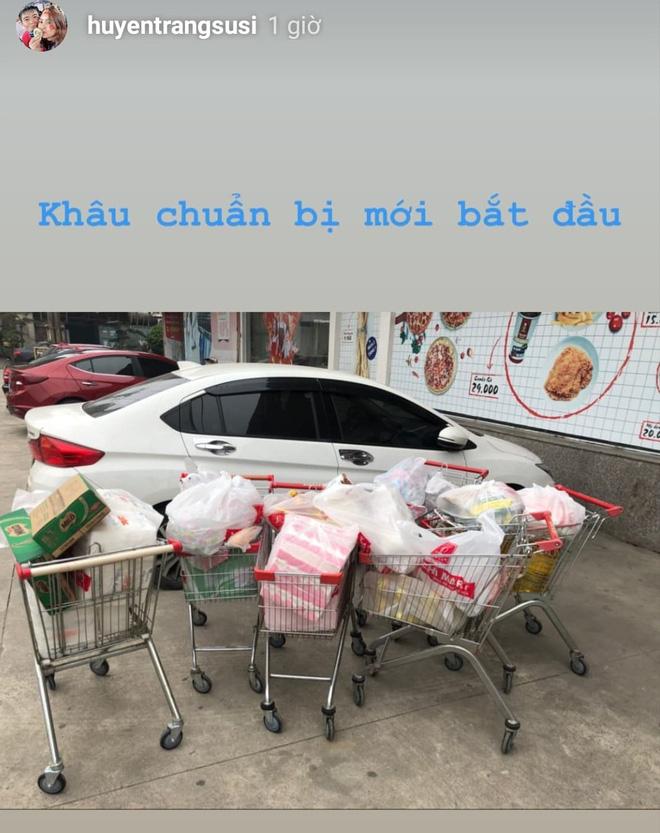 Trước đám cưới của em trai, chị gái Duy Mạnh như mua cả siêu thị để chuẩn bị