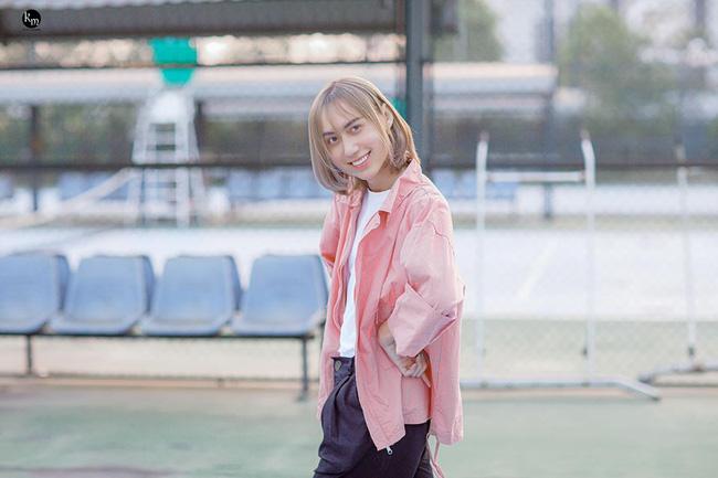 Lynk Lee bắt trend nhảy Any Song Challenge, khoe vũ đạo yểu điệu thục nữ cực đáng yêu