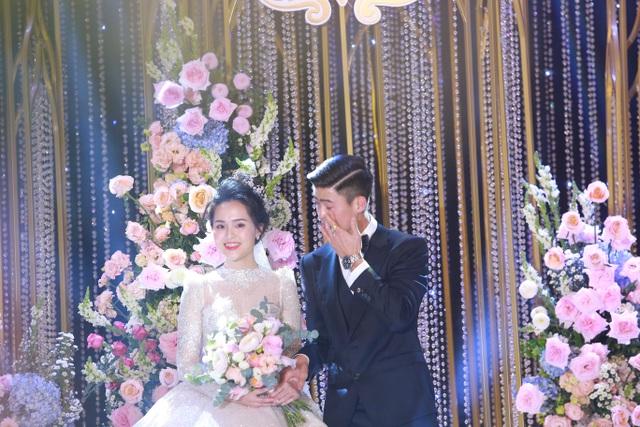 Duy Mạnh - Quỳnh Anh bật khóc trước lời dặn của bố: Dẫu có gian nan, mong hai con vẫn sẽ bên nhau