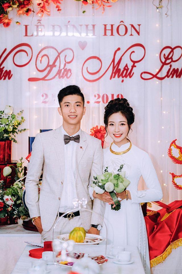 Sau đám cưới, bà xã Phan Văn Đức liên tục khoe cơm canh dọn sẵn đợi chồng về