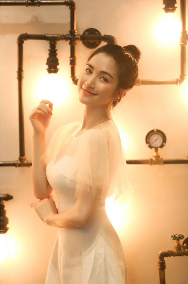 Tưởng Hoà Minzy đã hồi dáng sau tin đồn sinh con, hóa ra eo thon chỉ là sản phẩm photoshop