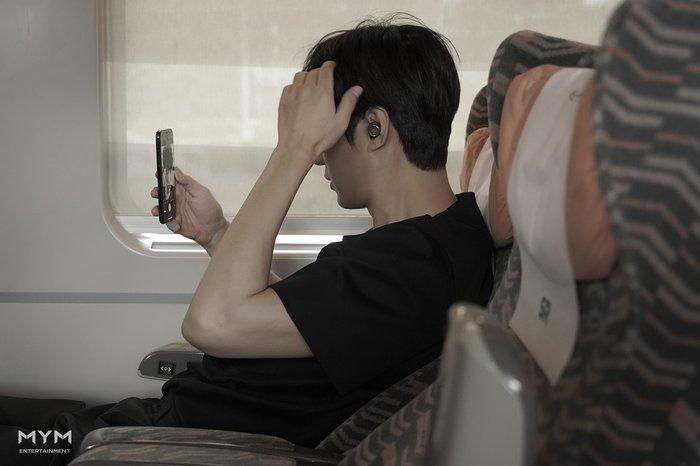 Loạn nhịp với ảnh Valentine cực phẩm của Lee Min Ho: Góc nghiêng thần thánh, sống mũi thẳng đúng chuẩn mỹ nam