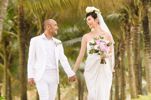 Những đám cưới bí mật rung chuyển Vbiz: Nhã Phương, Hari Won yêu cầu cực nghiêm, Tóc Tiên, Bảo Thy kín như bưng tới giờ G!
