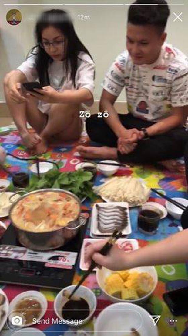 Giữa nghi vấn tái hợp, Quang Hải chứng minh tình cảm với Nhật Lê như lúc mới yêu
