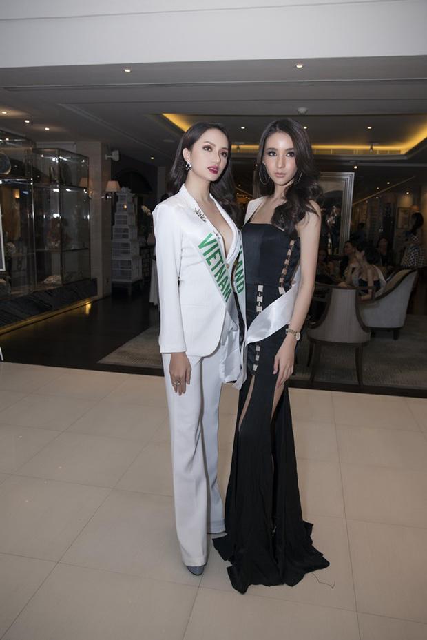 2 lần mỹ nhân Việt đọ sắc với Thái tại Hoa hậu Chuyển giới: Hương Giang không hề lép vế, Hoài Sa ra sao trước đối thủ cao 1m8?