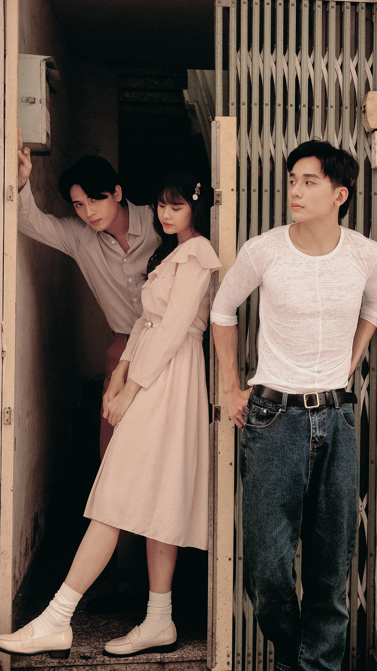 Tan chảy với bộ ảnh thanh xuân ngọt ngào của Trương Quỳnh Anh và hai soái ca