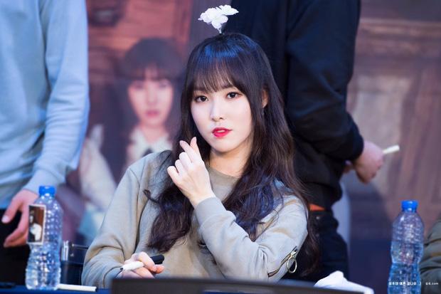 Hội nữ idol đẹp trai nhất Kpop: Bánh bèo Jennie và IU thứ hạng cao bất ngờ, quán quân là nhân vật ai cũng biết là ai