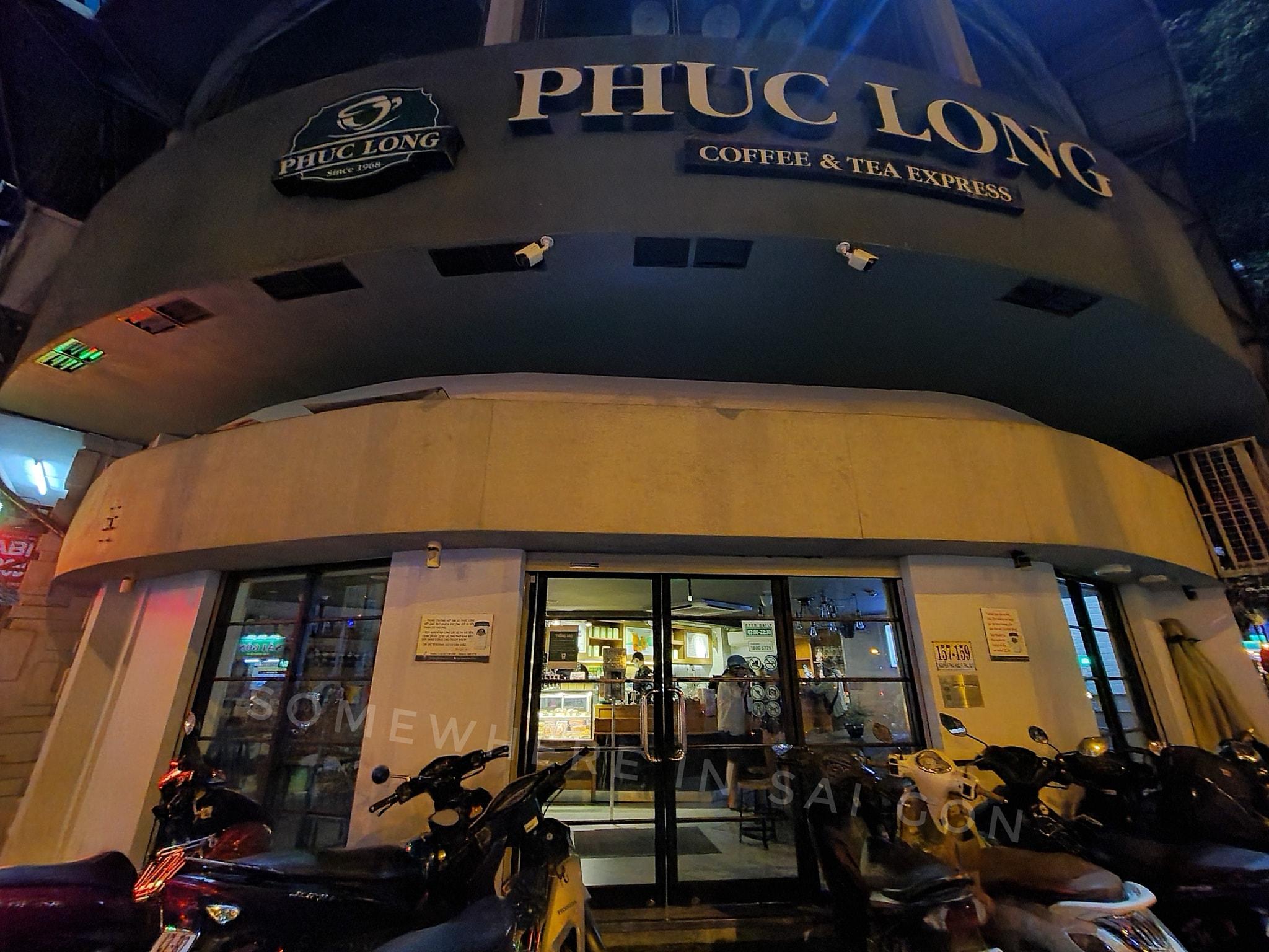 Hàng loạt hàng quán ở Sài Gòn đóng cửa ngay sau quyết định tạm ngưng hoạt động