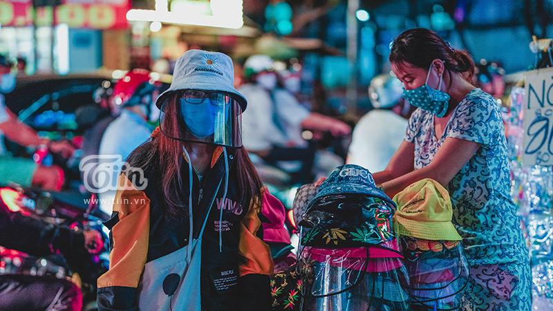 Sự thật về nón chống dịch Covid-19 đang gây bão tại Sài Gòn