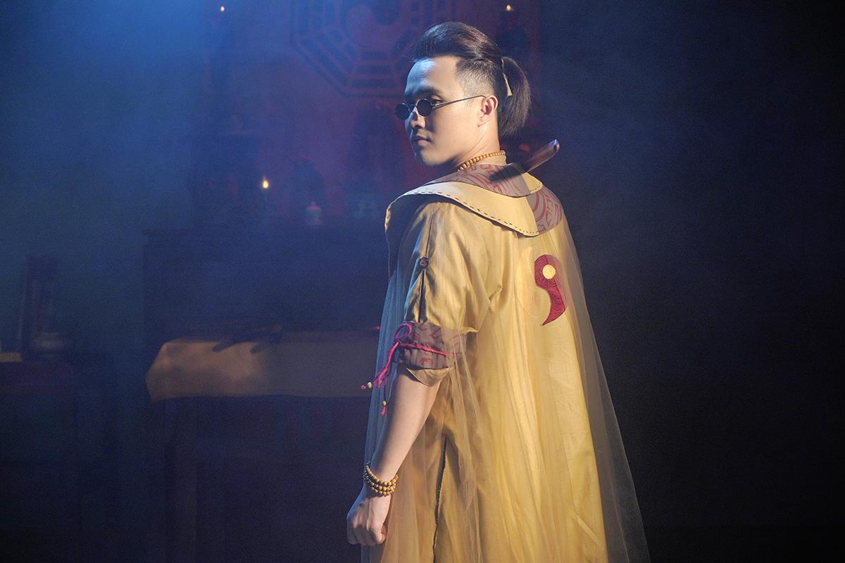 Giữa mùa dịch, Huỳnh Lập chính thức tung 'Pháp sư mù' lên nền tảng online để mong 'giữ chân' khán giả ở nhà
