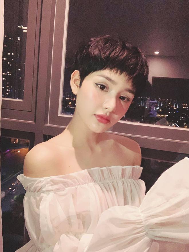 Mỹ nhân Vbiz khiến netizen hoảng hốt vì mặt sưng phồng: Lâm Anh thành bản sao Park Bom, Hiền Hồ bị nghi dao kéo