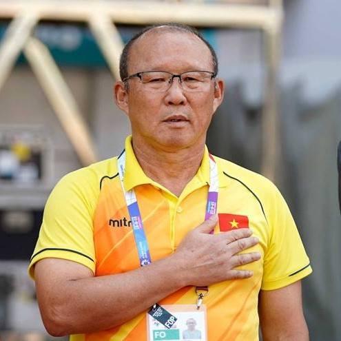 HLV Park Hang-seo ủng hộ 5.000 USD phòng chống dịch Covid-19