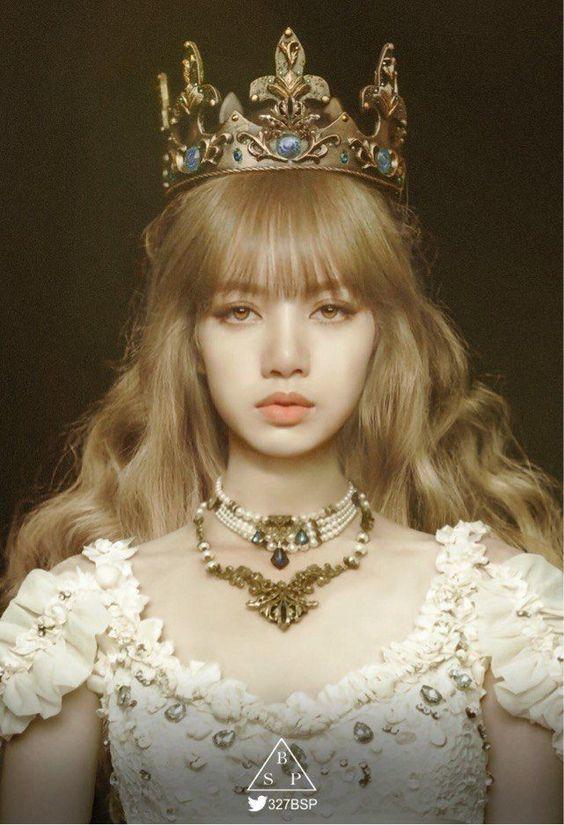 Lisa đẹp đến nao lòng trong diện mạo của một nàng công chúa