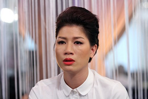 Lao đao giữa mùa dịch Covid-19: Cựu người mẫu vay nóng 200 triệu để cầm cự nhà hàng, hot girl có tài sản 50 tỷ khốn đốn vì cổ phiếu tụt dốc