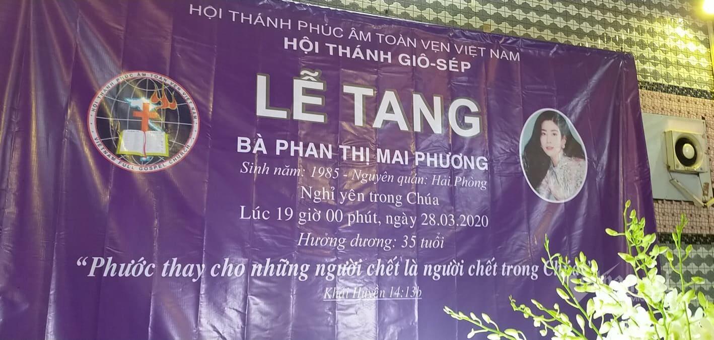 Những hình ảnh đầu tiên trong tang lễ của Mai Phương, nghẹn ngào trước di ảnh nữ nghệ sĩ quá cố