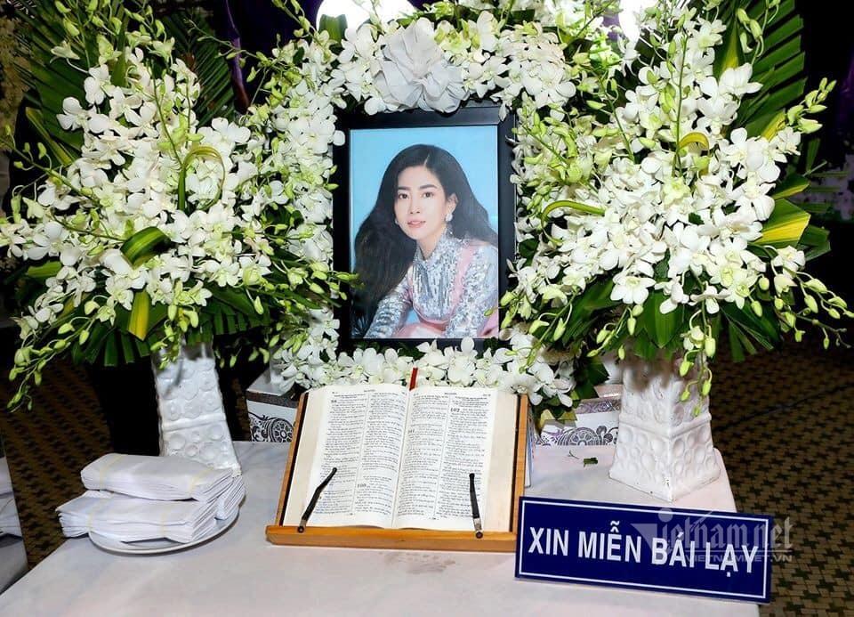 Mẹ ruột Mai Phương đau lòng khi Phùng Ngọc Huy không về đưa tang