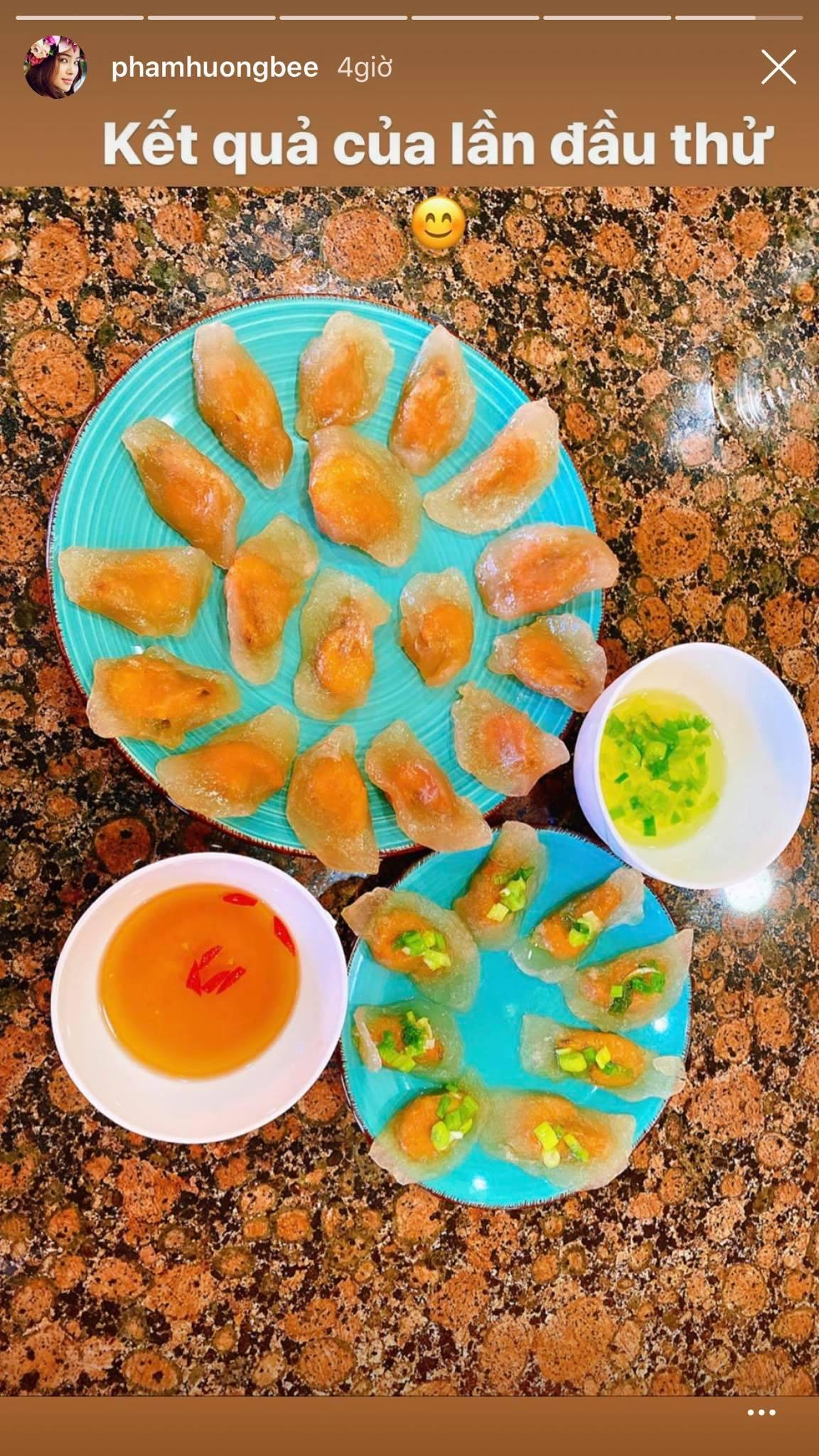 Tiết kiệm mùa dịch, sao Việt tự làm cơm nhà: Chị đại Thanh Hằng khoe tài bếp núc, Đông Nhi làm bánh cho chồng nhưng lại bị nghi là đồ mua ngoài hàng
