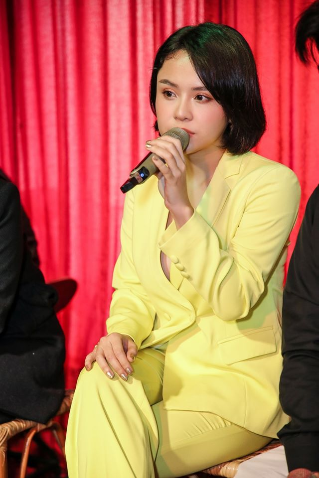 Thái Trinh đăng clip hát vu vơ mặc drama người cũ, tâm sự: Chân thành mà sống, nhẹ nhàng mà buông