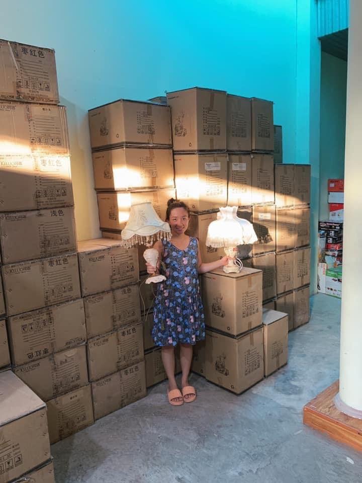 Vợ Lê Dương Bảo Lâm khóc sưng cả mắt vì bị nẫng mất đơn hàng