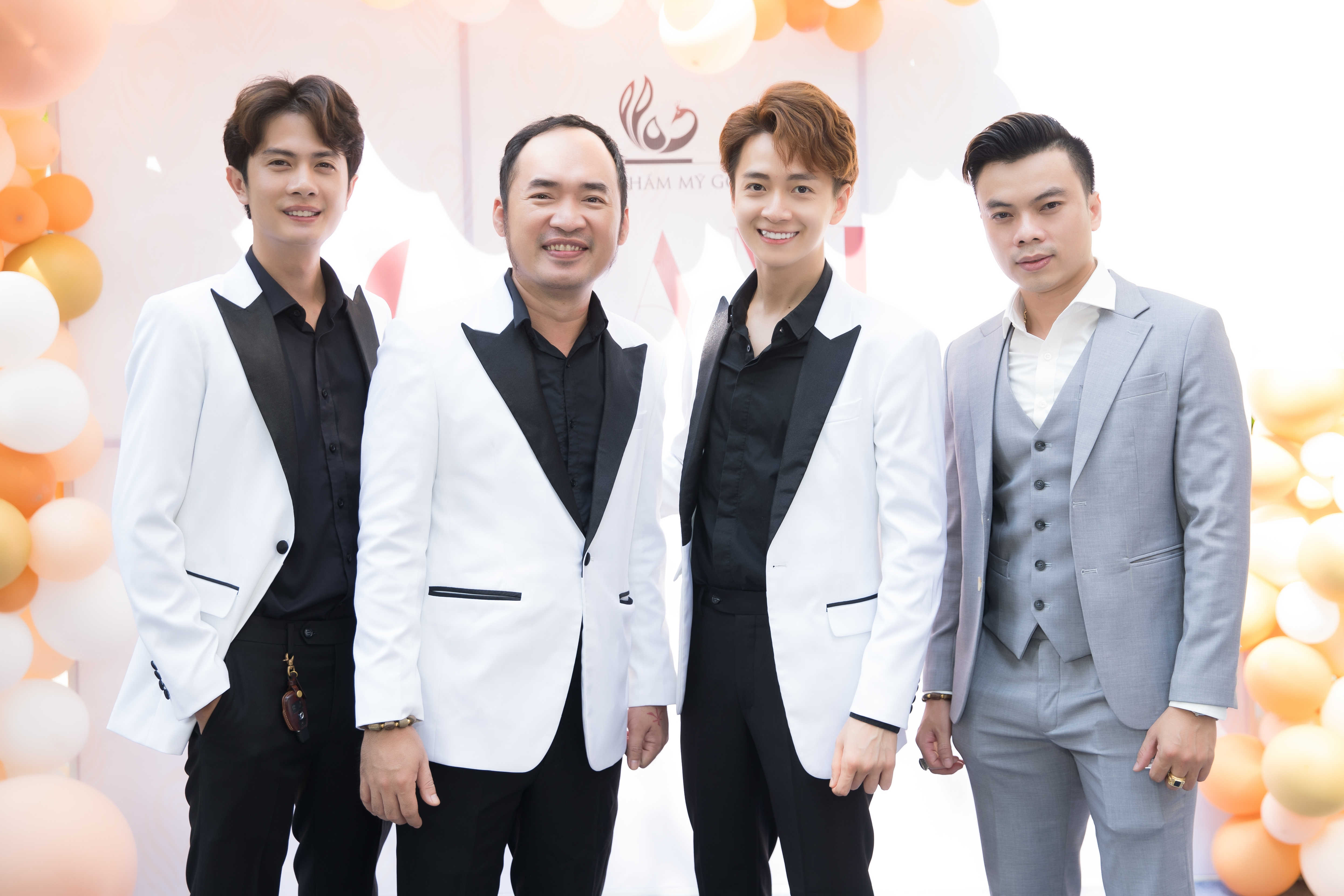 Ngô Kiến Huy, Tiến Luật, Huỳnh Phương bắt tay cùng mở viện thẩm mỹ