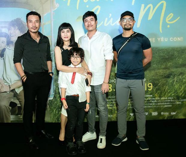 Phim của Cát Phượng bị tố mua giải Cánh Diều Vàng, đạo diễn Huỳnh Đông đăng đàn vỗ mặt đàn anh