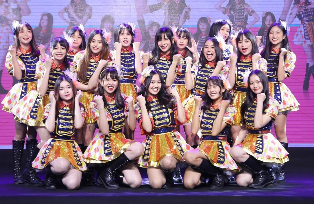 """SGO48 sánh vai cùng Apink, Chi Pu, Erik tham gia """"Lễ hội âm nhạc trực  tuyến Châu Á"""