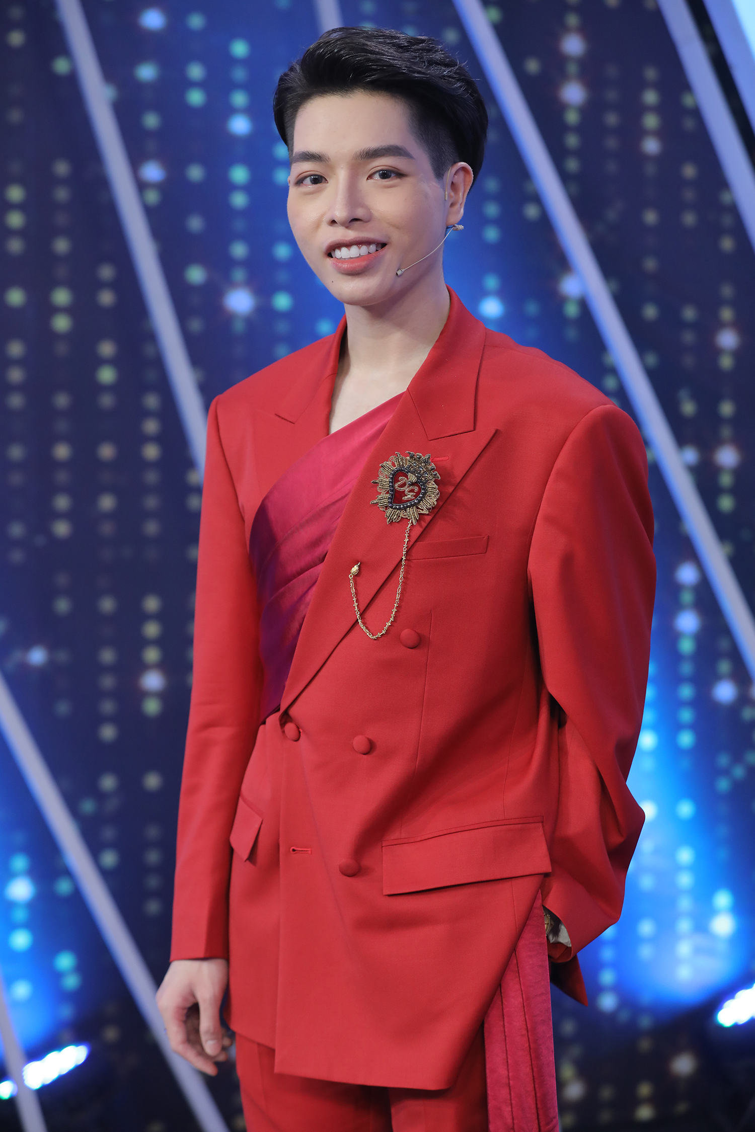 """""""Em không lo được cho gia đình và không thành công trong tình yêu"""", Hòa Minzy thú nhận về thất bại trong quá khứ"""