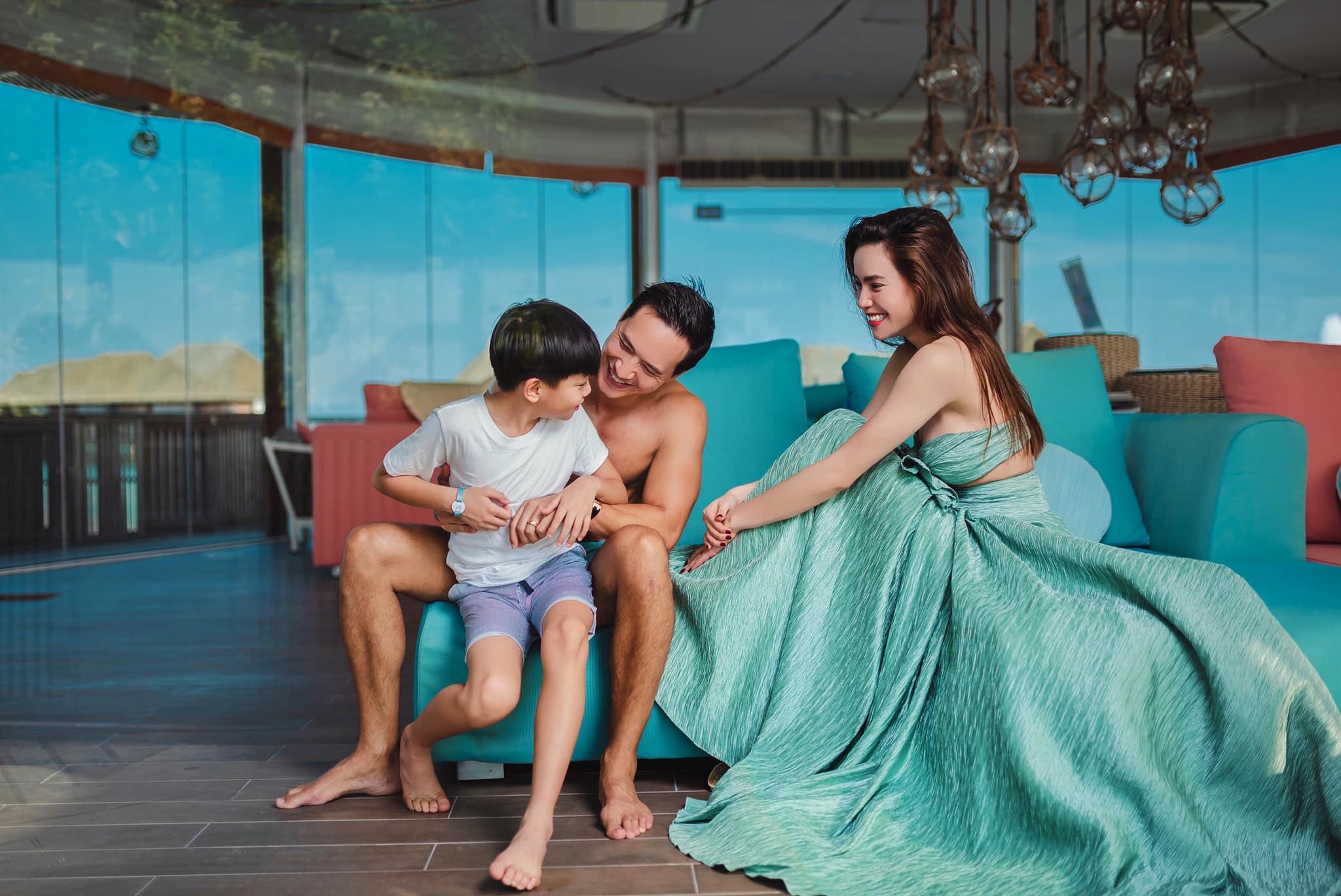 Kim Lý  gửi thư tình lãng mạn cho Hồ Ngọc Hà, ngầm xác nhận chuyện có con?