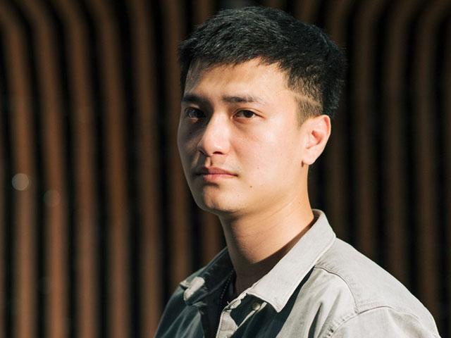 Diễn viên Huỳnh Anh bị nghi đá đểu scandal Quang Hải đâm Mẹc vào ngõ cụt
