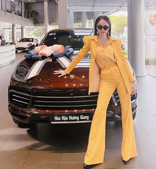 Trấn Thành tiết lộ Hương Giang là đại gia bất động sản của showbiz Việt trên sóng truyền hình