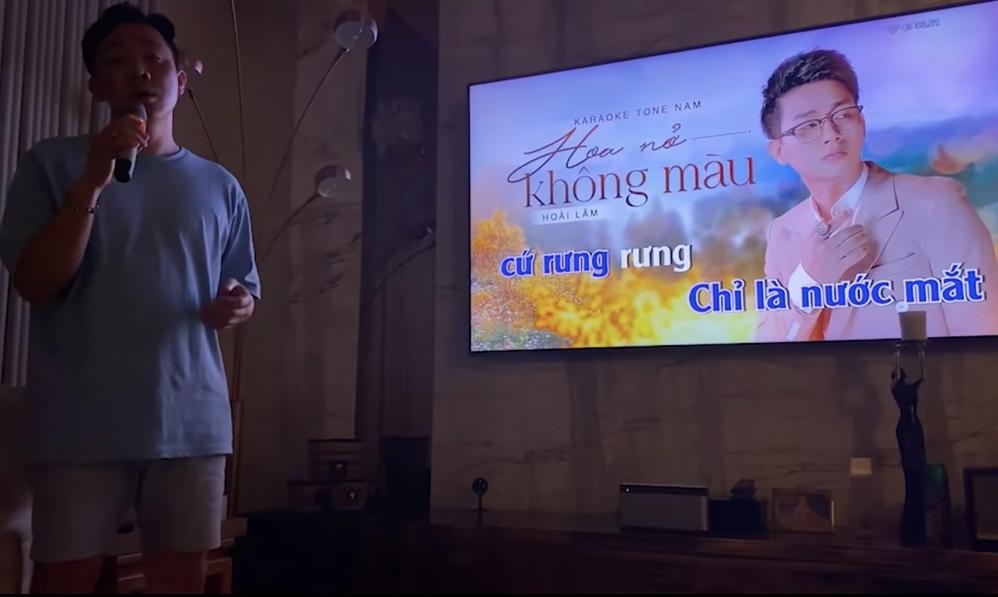 Trấn Thành hát bản hit Hoa Nở Không Màu của Hoài Lâm, ngọt ngào không thua bản gốc