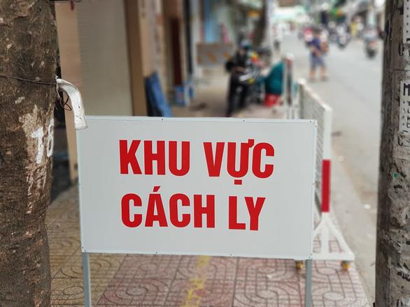 Thêm 2 ca COVID-19 mới ở Hải Dương và Quảng Nam, Việt Nam có 1.016 ca